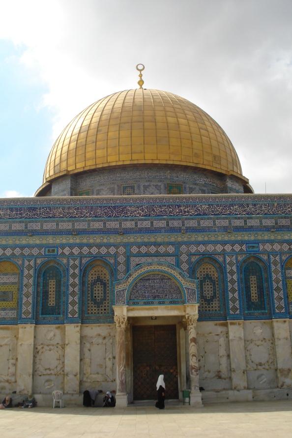 La mosquée du Rocher.