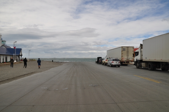 La route 257, coupée par le détroit de Magellan.