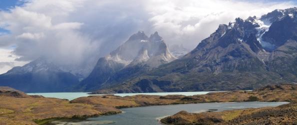 A Torres del Paine, le bleu des lacs.